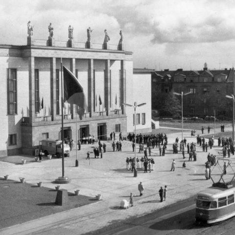 Pohled na budovu 1961